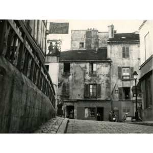 Montmartre – Poublot and Norvins streets (1947) – Vintage stamped photograph